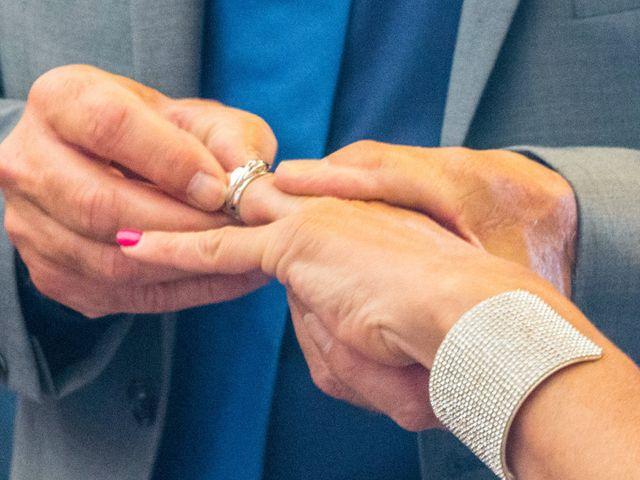 Le mariage de Gilles et Virginie à L'Île-Rousse, Corse 9