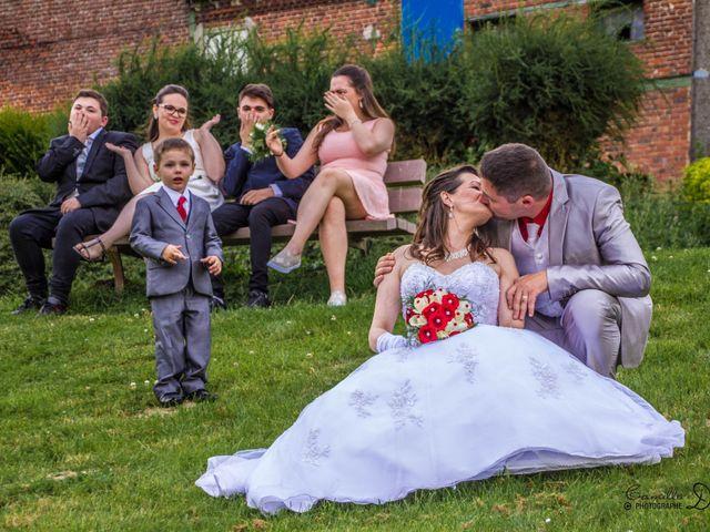 Le mariage de Thomas et Nathalie à Esnes, Nord 56