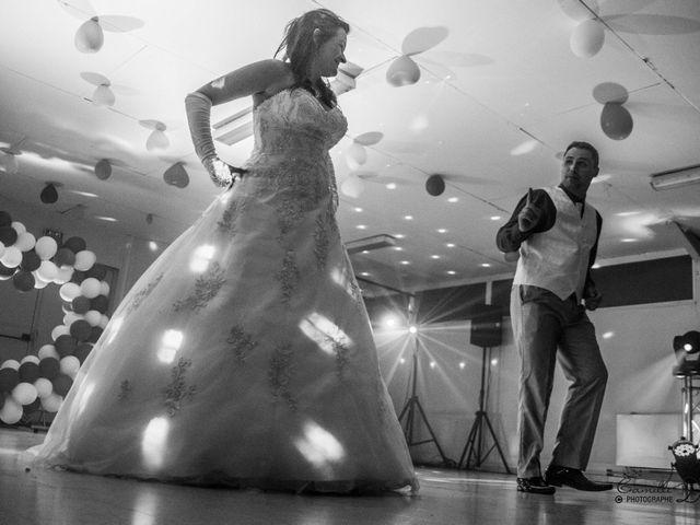 Le mariage de Thomas et Nathalie à Esnes, Nord 74