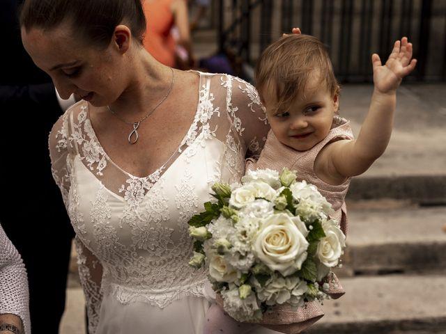 Le mariage de Julien et Camille à Paris, Paris 10