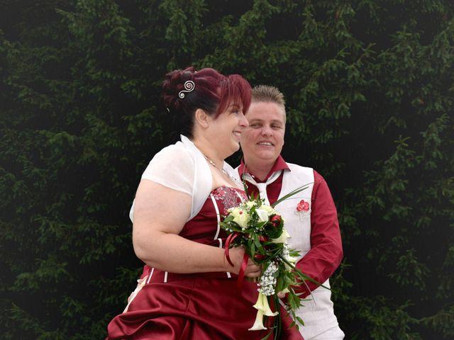 Le mariage de Laetitia et Chrystelle à Belleville, Rhône 6