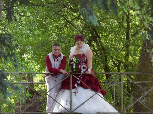 Le mariage de Laetitia et Chrystelle à Belleville, Rhône 18