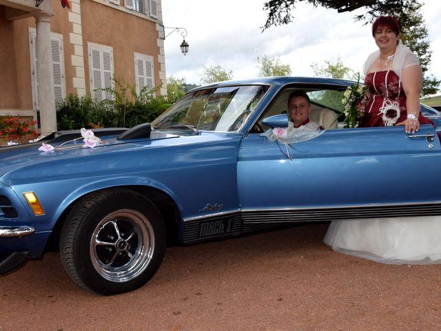 Le mariage de Laetitia et Chrystelle à Belleville, Rhône 19