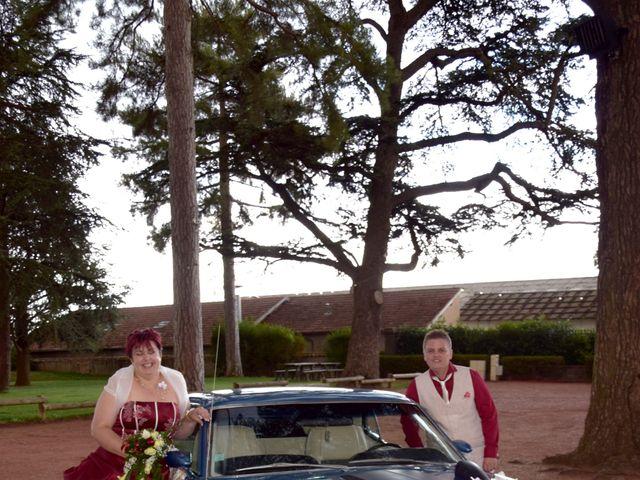 Le mariage de Laetitia et Chrystelle à Belleville, Rhône 20