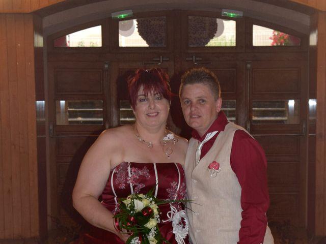 Le mariage de Laetitia et Chrystelle à Belleville, Rhône 21