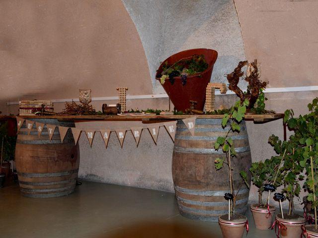Le mariage de Laetitia et Chrystelle à Belleville, Rhône 24