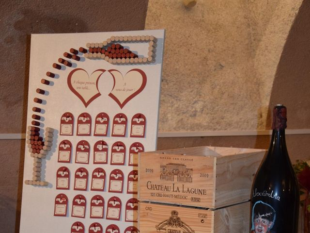 Le mariage de Laetitia et Chrystelle à Belleville, Rhône 25