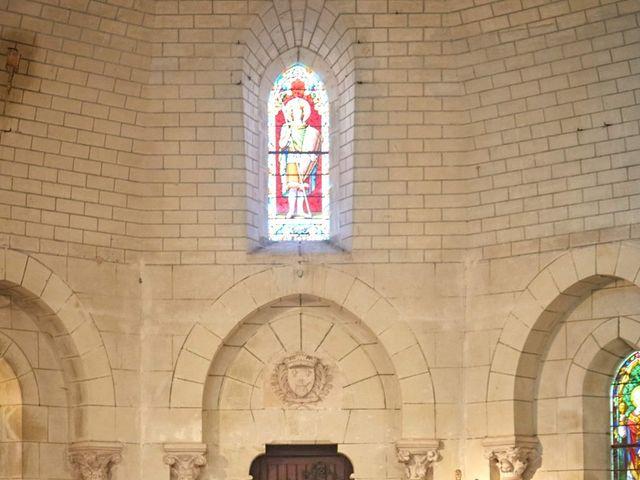 Le mariage de Stéphane  et Eva à Saint-Julien-l'Ars, Vienne 5