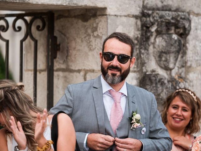 Le mariage de Maxime et Natacha à Saintes, Charente Maritime 25