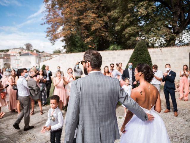 Le mariage de Maxime et Natacha à Saintes, Charente Maritime 34
