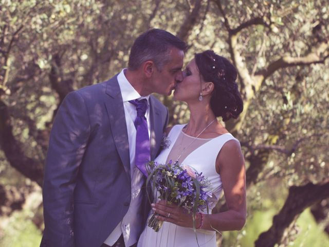 Le mariage de Jean Michel et Clara à Pertuis, Vaucluse 13