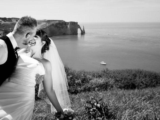 Le mariage de Thomas et Charlotte à Sainneville, Seine-Maritime 16