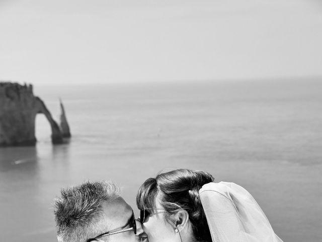 Le mariage de Thomas et Charlotte à Sainneville, Seine-Maritime 17