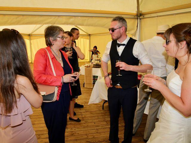 Le mariage de Thomas et Charlotte à Sainneville, Seine-Maritime 30