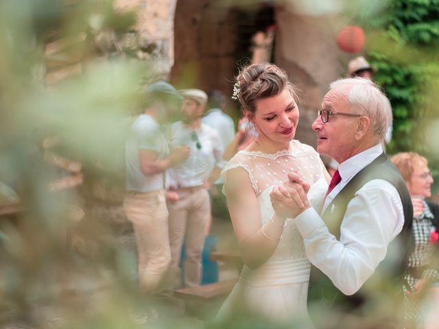 Le mariage de Jean et Elodie à Uzès, Gard 17