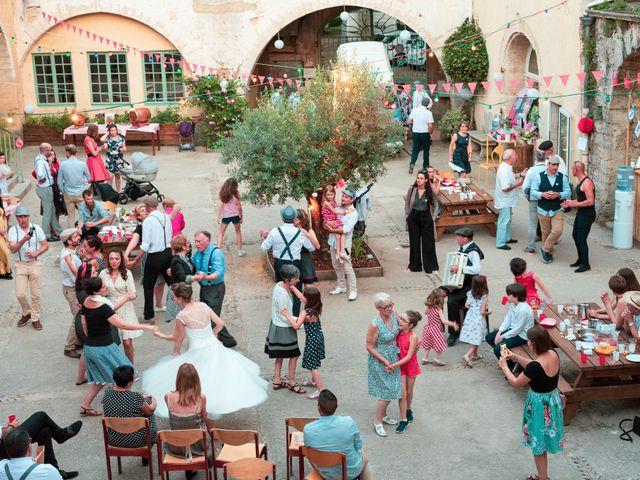 Le mariage de Jean et Elodie à Uzès, Gard 25