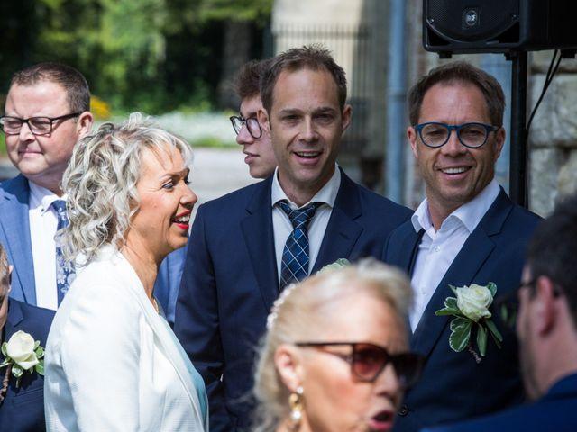 Le mariage de Mathieu et Laura à Cambrai, Nord 4