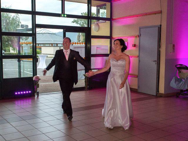 Le mariage de Christophe et Caroline à Cornier, Haute-Savoie 8