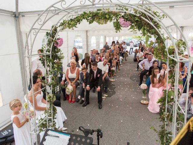 Le mariage de Christophe et Caroline à Cornier, Haute-Savoie 28
