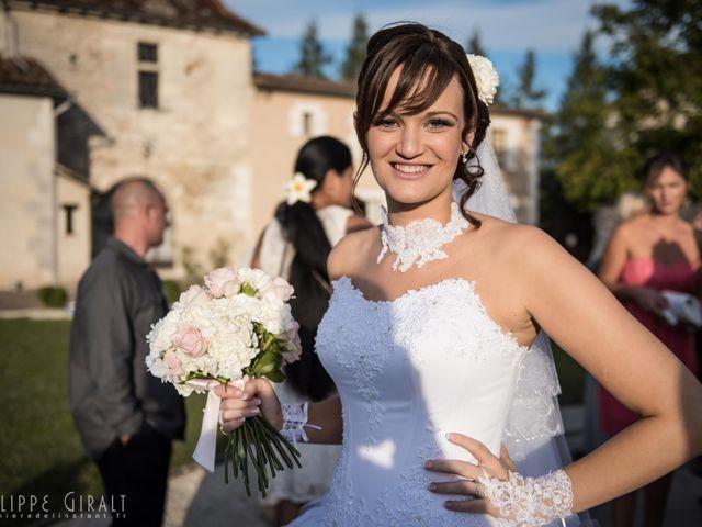 Le mariage de Thomas et Gwen à Boulazac, Dordogne 56