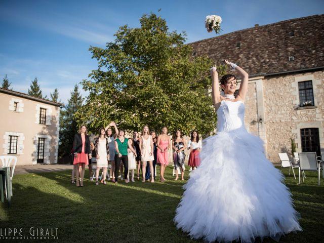 Le mariage de Thomas et Gwen à Boulazac, Dordogne 57