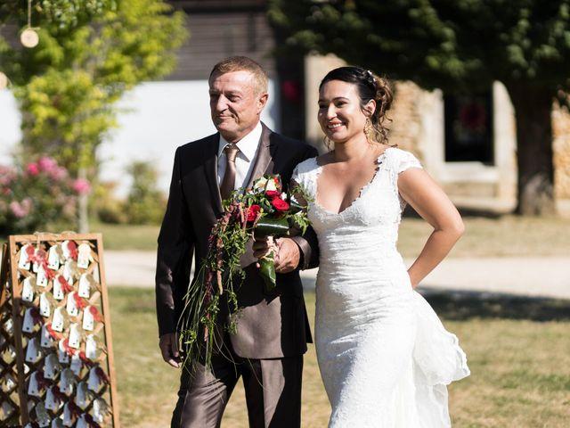 Le mariage de Jimmy et Estelle à Lusignan, Vienne 39