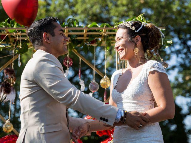 Le mariage de Jimmy et Estelle à Lusignan, Vienne 47