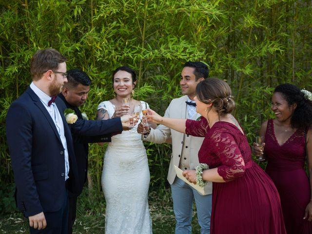 Le mariage de Jimmy et Estelle à Lusignan, Vienne 84