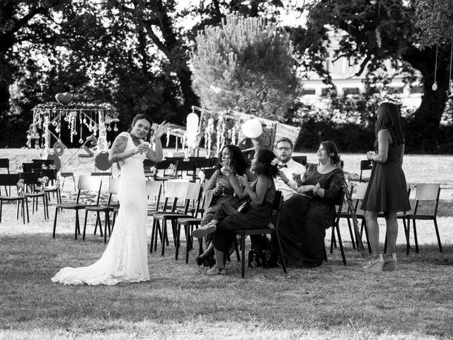 Le mariage de Jimmy et Estelle à Lusignan, Vienne 97