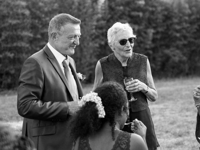 Le mariage de Jimmy et Estelle à Lusignan, Vienne 105