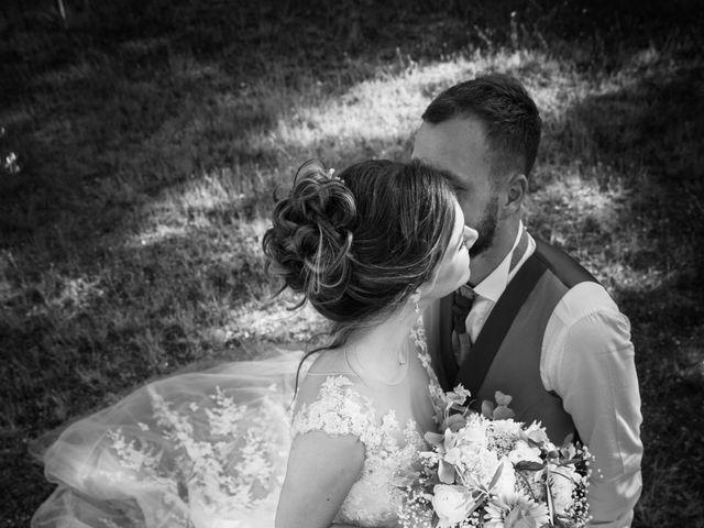 Le mariage de Thibault et Cécile à Simiane-Collongue, Bouches-du-Rhône 22