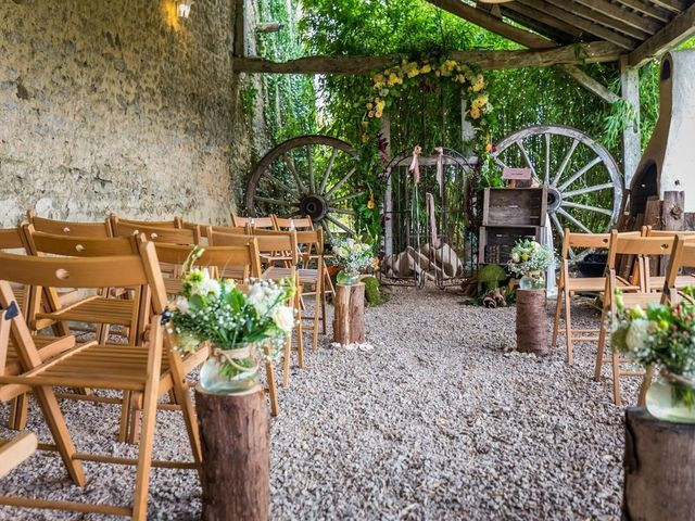 Le mariage de Antoine et Julie à La Bazoge, Sarthe 1