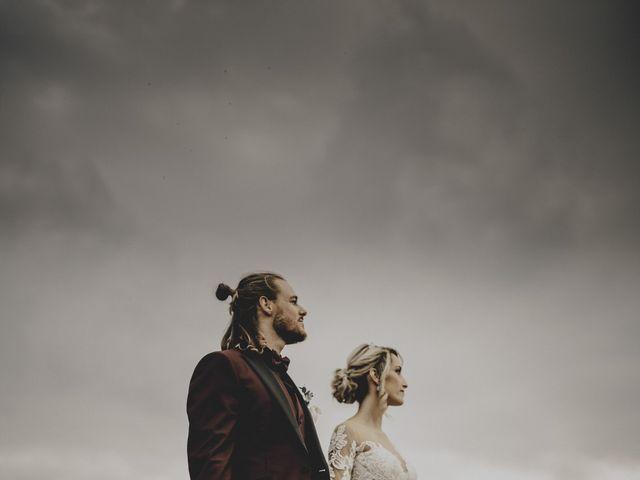 Le mariage de Loïc et Sophie à Lambesc, Bouches-du-Rhône 4