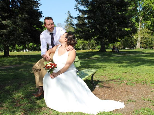 Le mariage de Pierre et Lisa à Loubens, Gironde 5