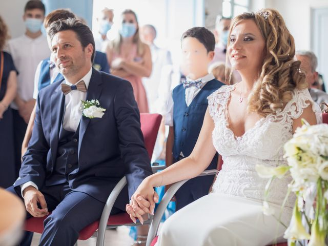 Le mariage de Stephane et Aude à Céreste, Alpes-de-Haute-Provence 16