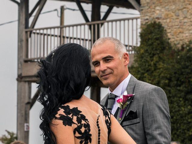 Le mariage de Ludovic et Erika à Loubieng, Pyrénées-Atlantiques 20