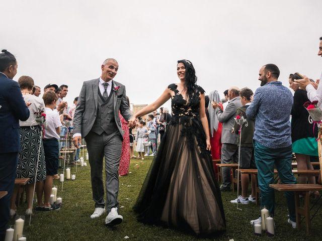 Le mariage de Ludovic et Erika à Loubieng, Pyrénées-Atlantiques 22