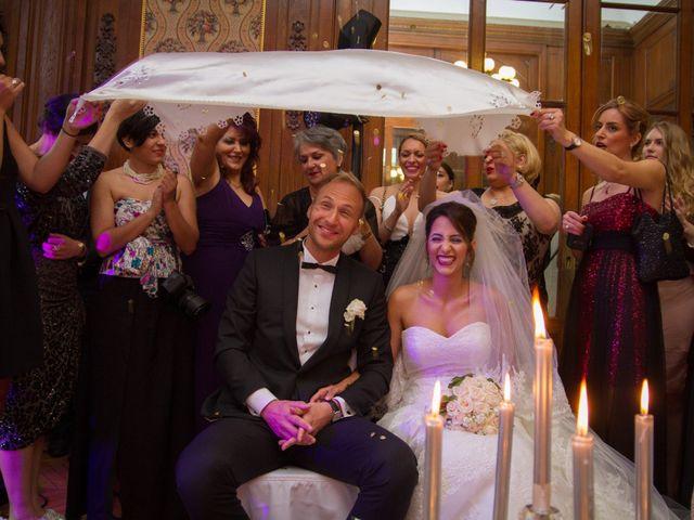 Le mariage de Emmanuel et Samareh à Paris, Paris 43
