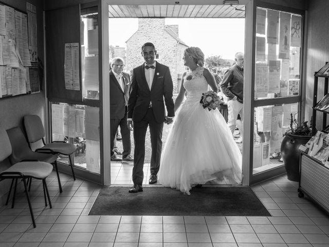 Le mariage de Cédric et Anne-Claire à Le Foeil, Côtes d'Armor 30