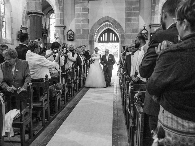 Le mariage de Cédric et Anne-Claire à Le Foeil, Côtes d'Armor 41