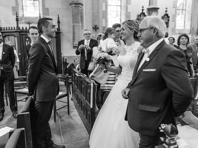 Le mariage de Cédric et Anne-Claire à Le Foeil, Côtes d'Armor 42