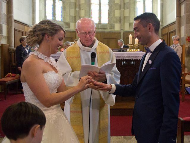 Le mariage de Cédric et Anne-Claire à Le Foeil, Côtes d'Armor 44