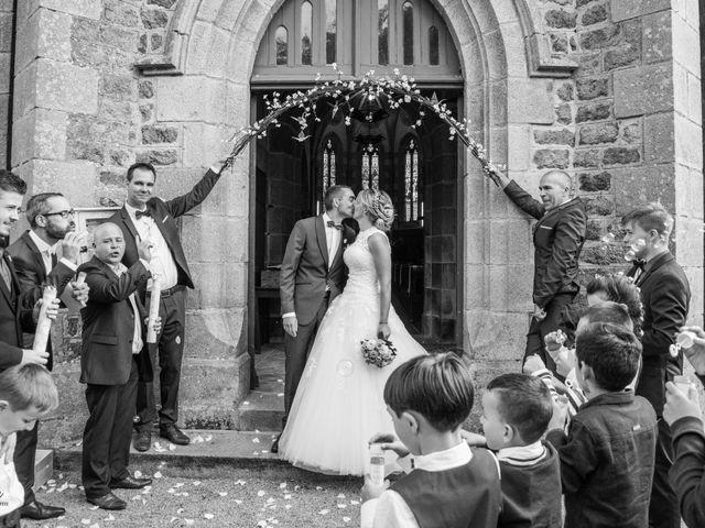 Le mariage de Cédric et Anne-Claire à Le Foeil, Côtes d'Armor 47