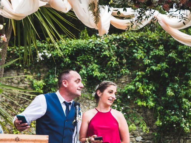 Le mariage de Grégory et Angie à Douarnenez, Finistère 56