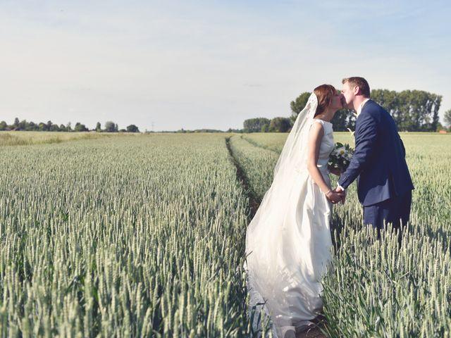 Le mariage de Cyprien et Mathilde à Thumeries, Nord 2