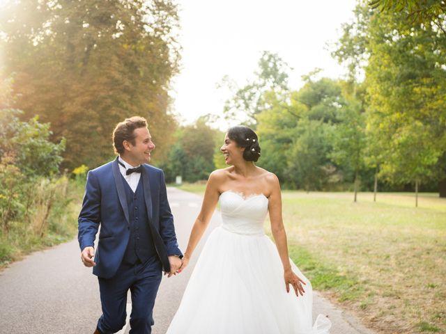 Le mariage de Fabrice et Aicha à Paris, Paris 36