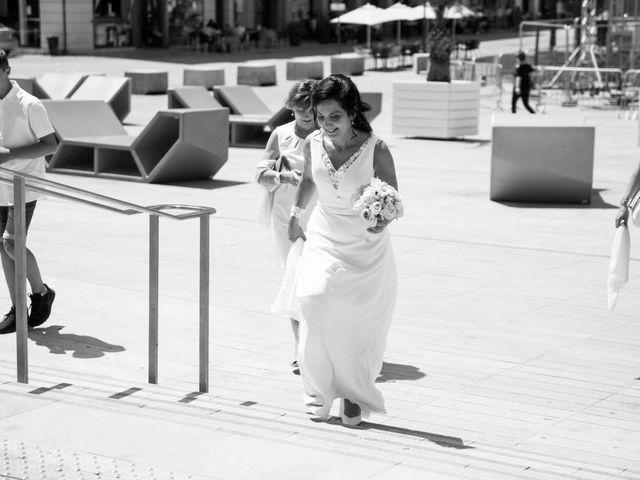 Le mariage de J-C et Christine à Poitiers, Vienne 3
