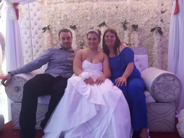 Le mariage de Ehmann  et Adeline  à Saint-Ouen, Seine-Saint-Denis 16