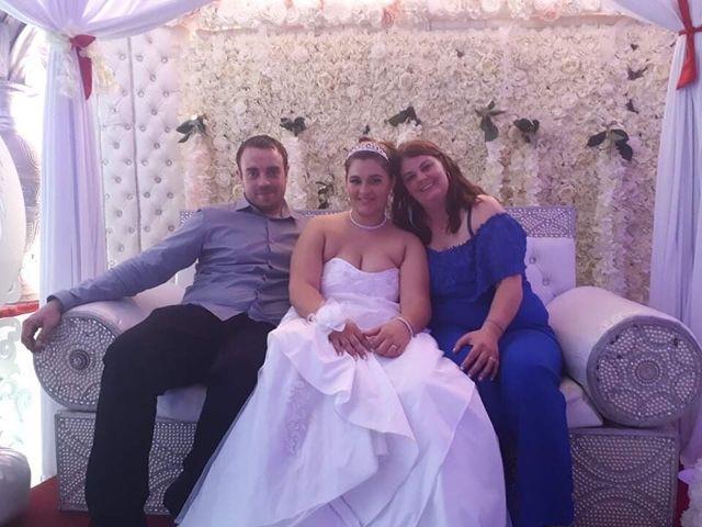 Le mariage de Ehmann  et Adeline  à Saint-Ouen, Seine-Saint-Denis 21