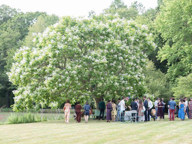 Le mariage de Baptiste et Hélène à Poilly-lez-Gien, Loiret 18